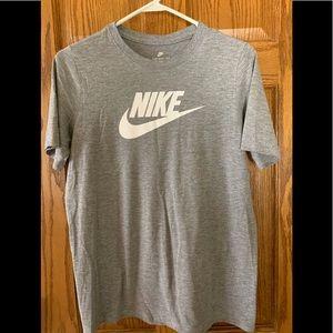 Nike youth tee